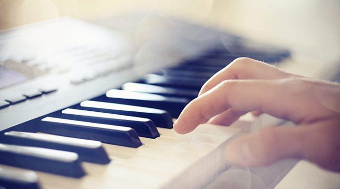 Nakup električne klaviature
